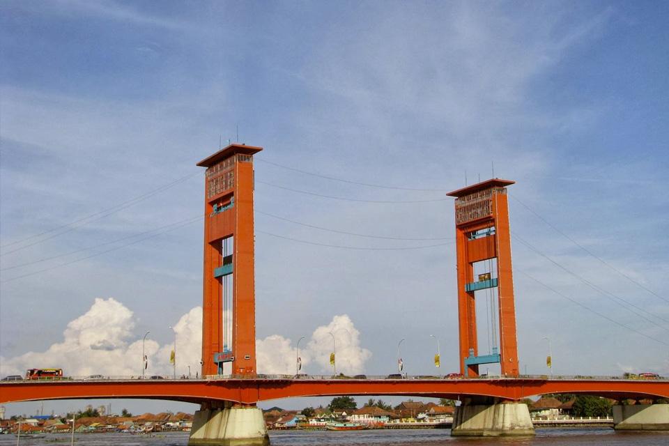 4 Fakta Menarik Tentang Jembatan Ampera yang Harus Kamu Tahu