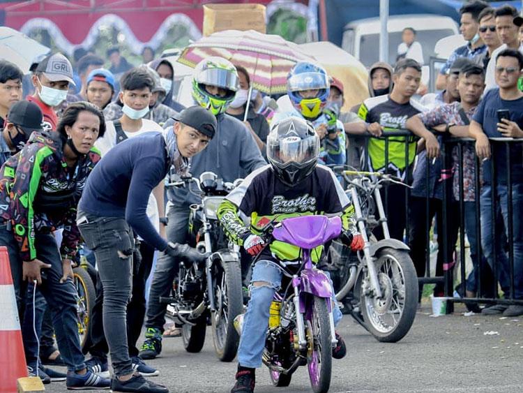 drag race motor palembang